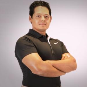 Coach Marco Navarro